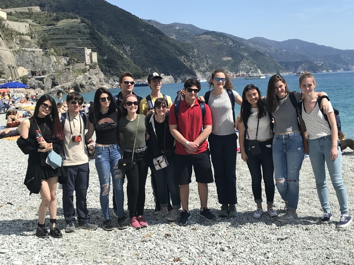 YHS Students in Italy