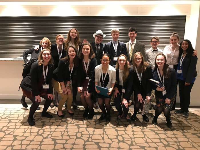 YHS students at Model UN