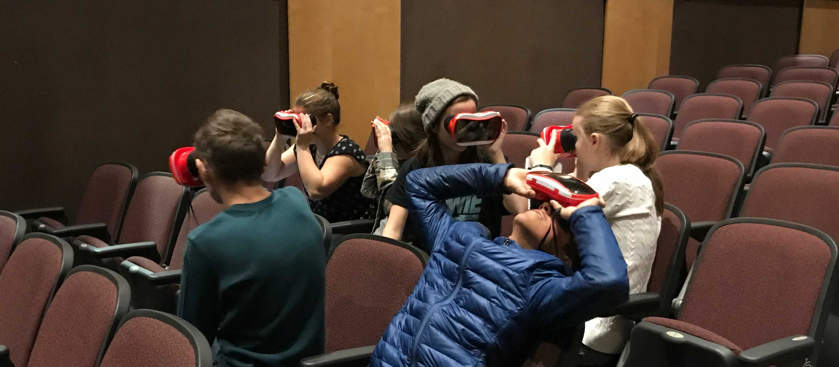 Students using virtual reality viewers during Innovation Exploration December 12. 2017